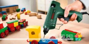 best hot glue gun reviews featured-